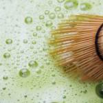 Ambivitalis Matcha-Tee aus natürlichem Anbau | 100g Matcha-Pulver Vegan und Vegetarisch | Grüner Tee gemahlen zum Backen, Kochen und für grüne Smoothies